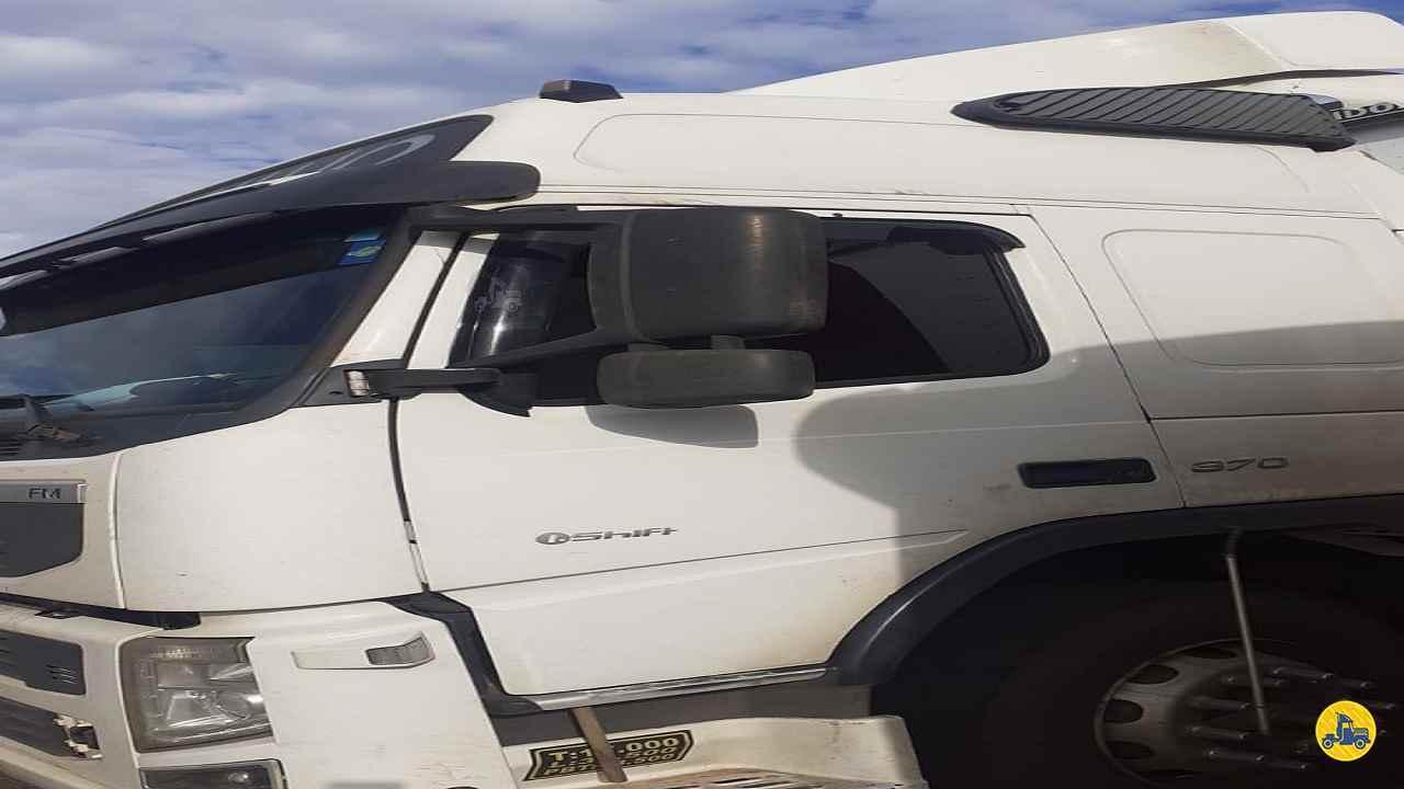 CAMINHAO VOLVO VOLVO FM 370 Cavalo Mecânico Truck 6x2 Maracavel Londrina Caminhões LONDRINA PARANÁ PR