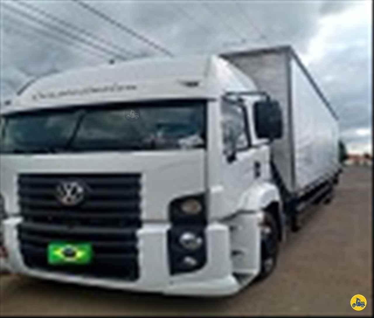 CAMINHAO VOLKSWAGEN VW 24320 Baú Furgão Truck 6x2 Maracavel Londrina Caminhões LONDRINA PARANÁ PR