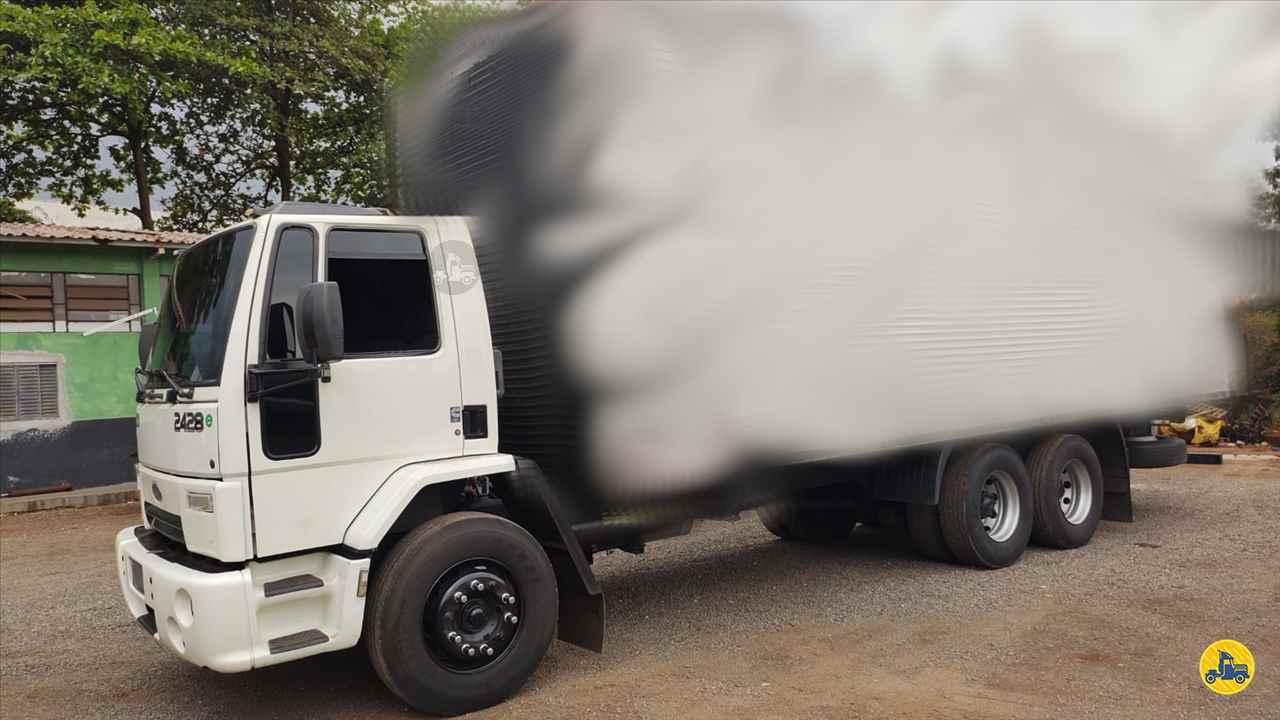 CAMINHAO FORD CARGO 2428 Chassis Truck 6x2 Maracavel Londrina Caminhões LONDRINA PARANÁ PR