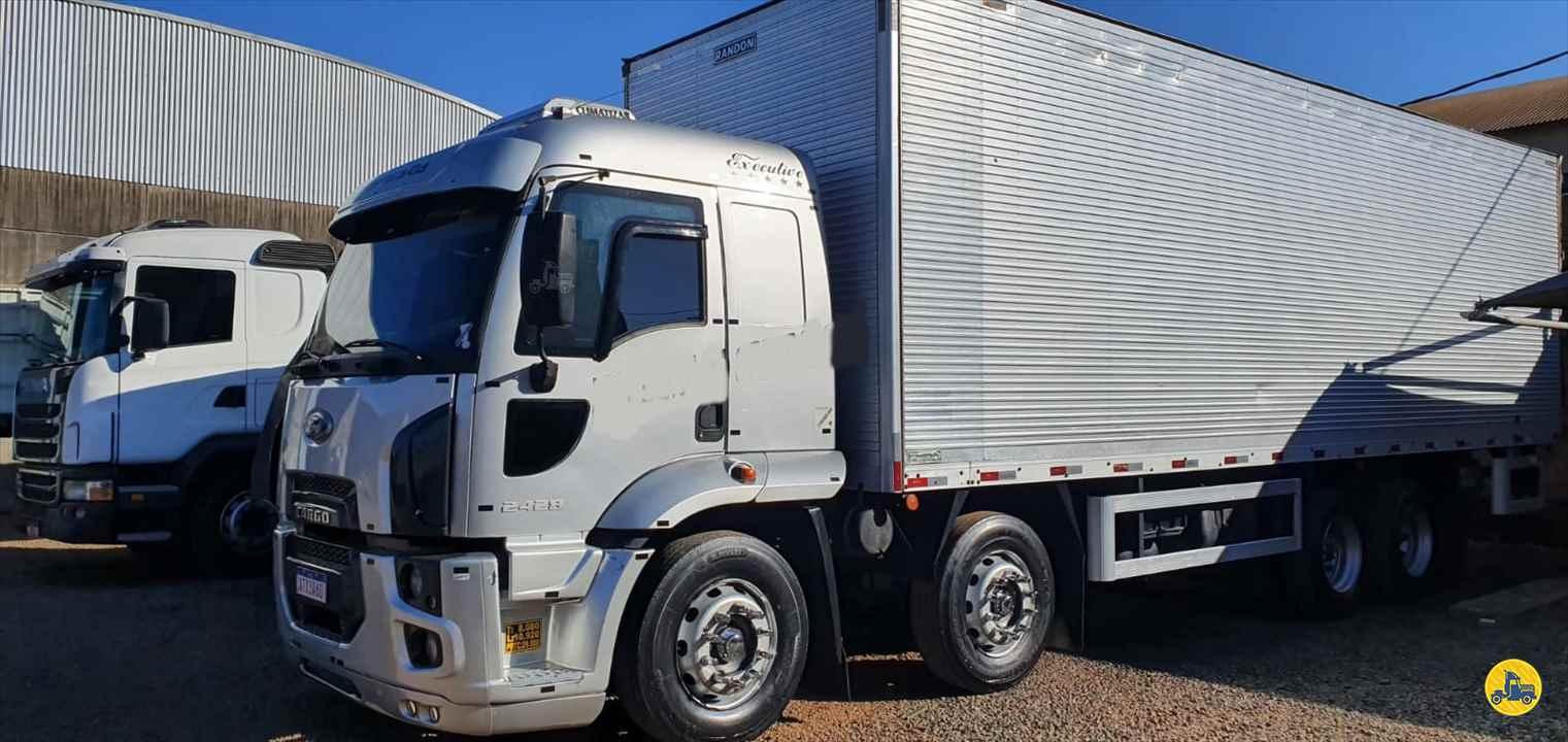 CAMINHAO FORD CARGO 2428 Baú Furgão BiTruck 8x2 Maracavel Londrina Caminhões LONDRINA PARANÁ PR