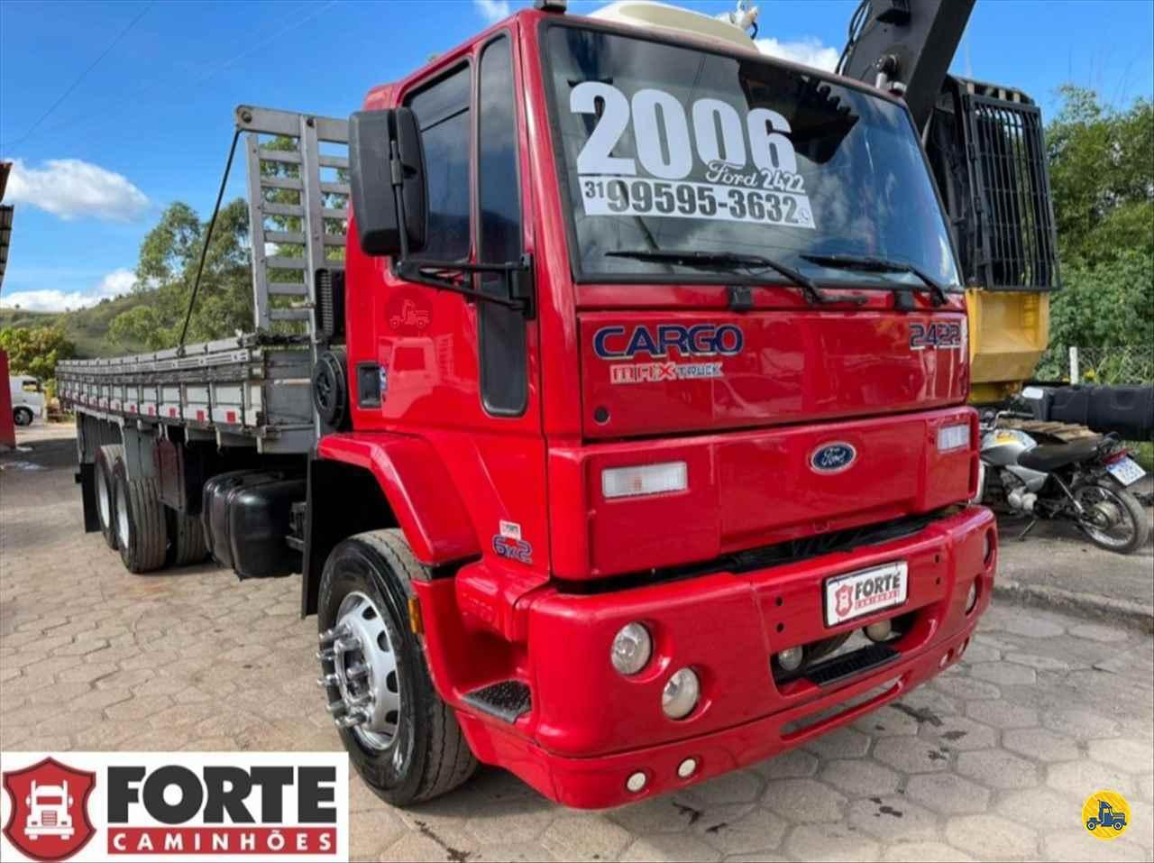 CAMINHAO FORD CARGO 2422 Carga Seca Truck 6x2 Forte Caminhões MG JOAO MONLEVADE MINAS GERAIS MG