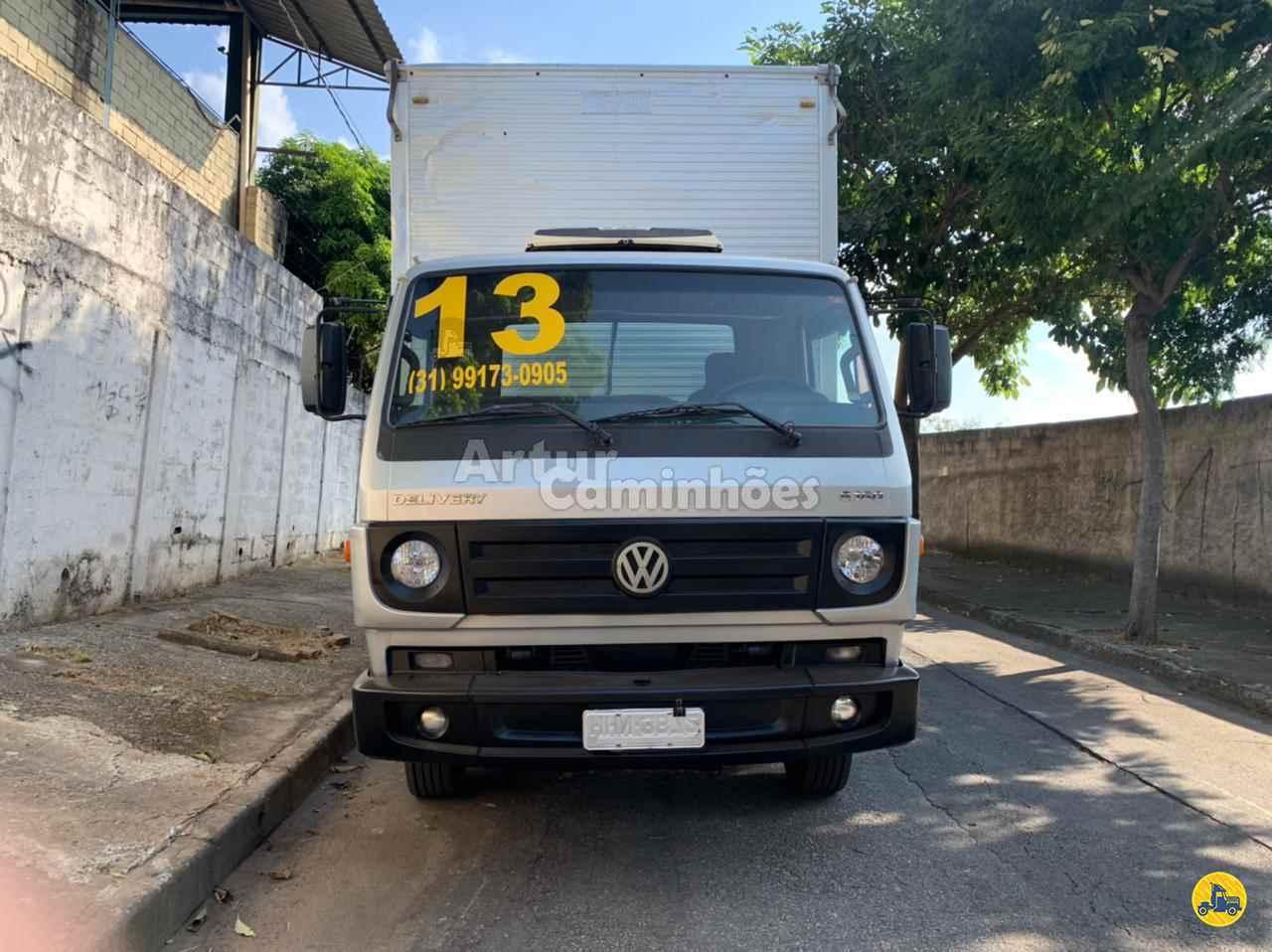 CAMINHAO VOLKSWAGEN VW 8160 Baú Furgão 3/4 4x2 Artur Caminhões DIVINOPOLIS MINAS GERAIS MG
