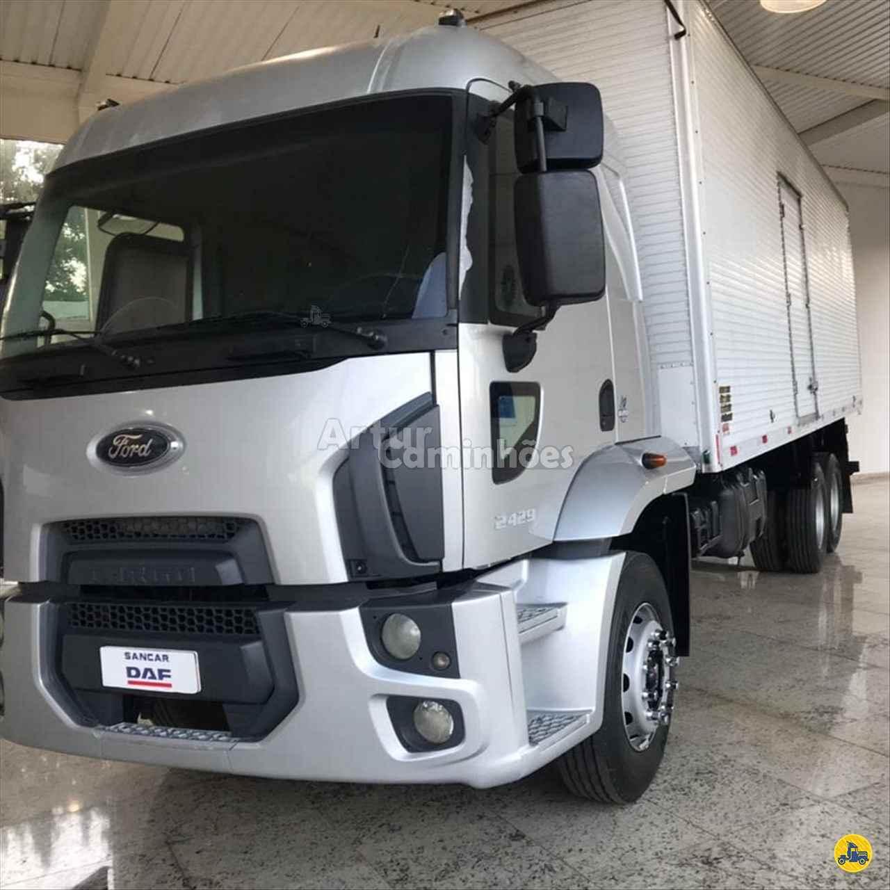 CAMINHAO FORD CARGO 2429 Baú Furgão Truck 6x2 Artur Caminhões DIVINOPOLIS MINAS GERAIS MG