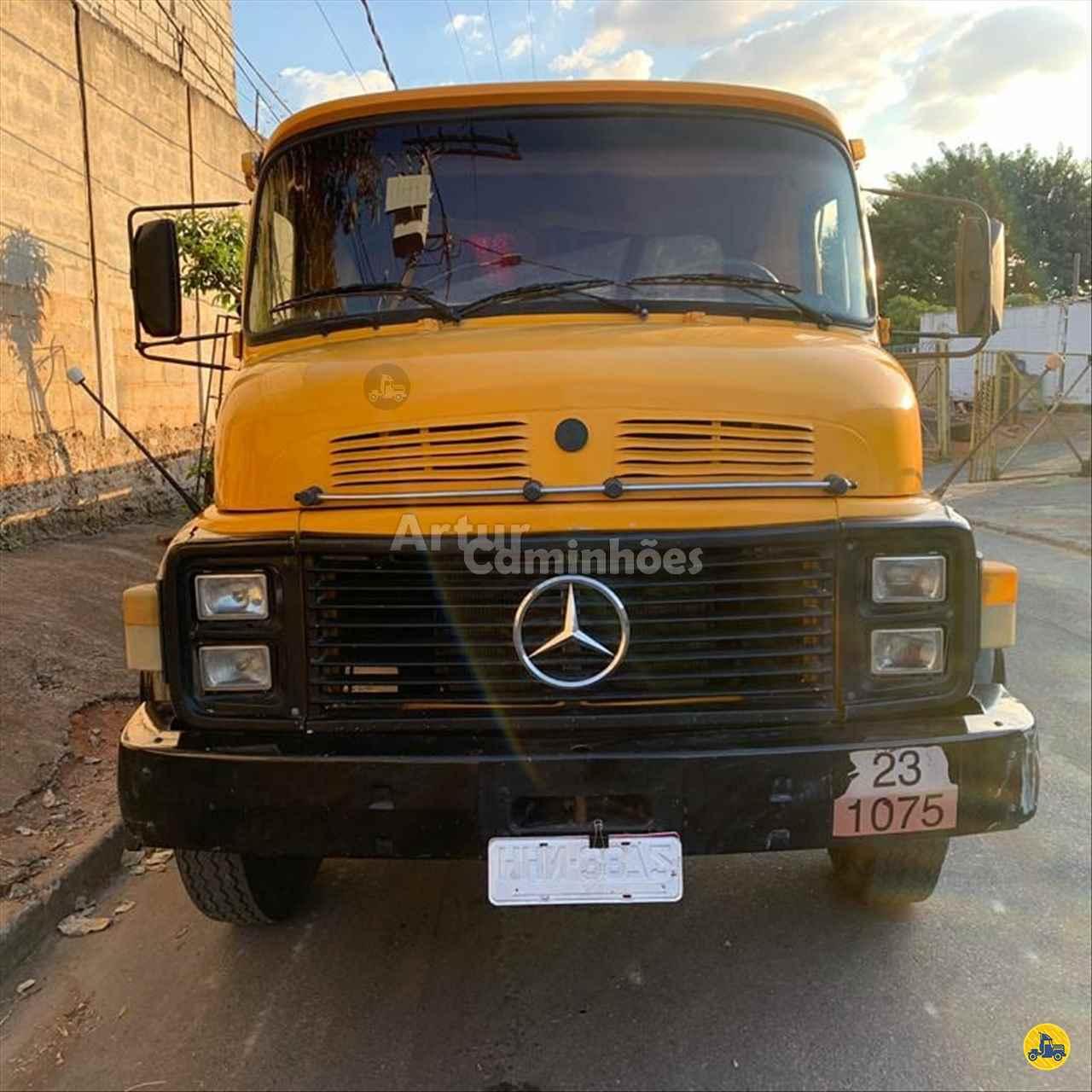 CAMINHAO MERCEDES-BENZ MB 1113 Carga Seca Truck 6x2 Artur Caminhões DIVINOPOLIS MINAS GERAIS MG
