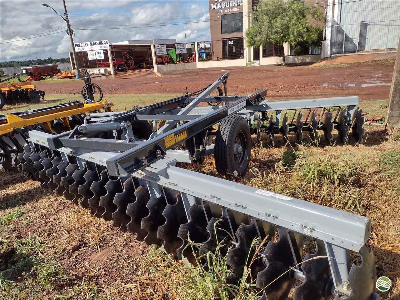 IMPLEMENTOS AGRICOLAS GRADE NIVELADORA NIVELADORA 44 DISCOS Precilo Máquinas PONTA PORA MATO GROSSO DO SUL MS