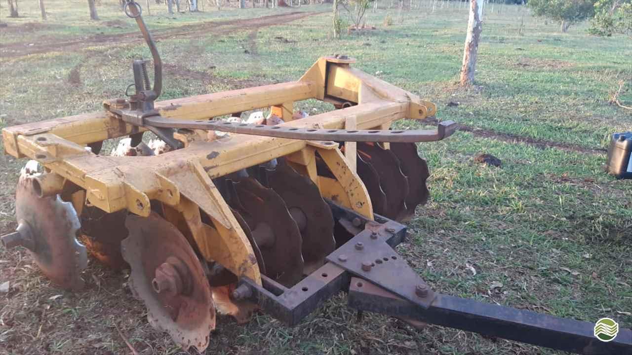IMPLEMENTOS AGRICOLAS GRADE ARADORA ARADORA 16 DISCOS Precilo Máquinas PONTA PORA MATO GROSSO DO SUL MS