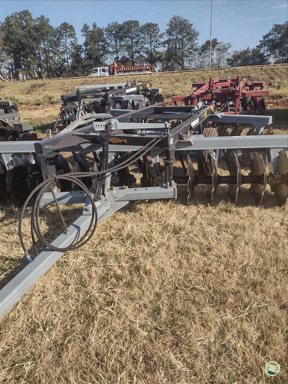 IMPLEMENTOS AGRICOLAS GRADE INTERMEDIÁRIA INTERMEDIÁRIA 28 DISCOS Precilo Máquinas PONTA PORA MATO GROSSO DO SUL MS