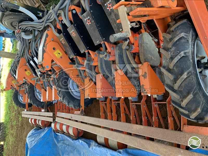 PLANTADEIRA PLANTADEIRA DE CEBOLA  2012 MG Máquinas