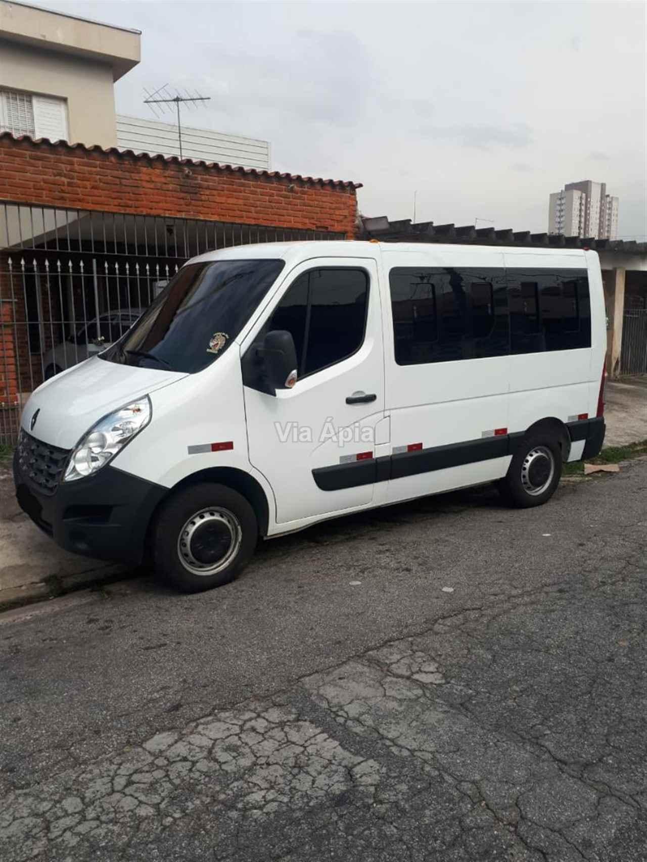 VANS RENAULT Master Minibus 2.5 Via Ápia Caminhões SAO PAULO SÃO PAULO SP