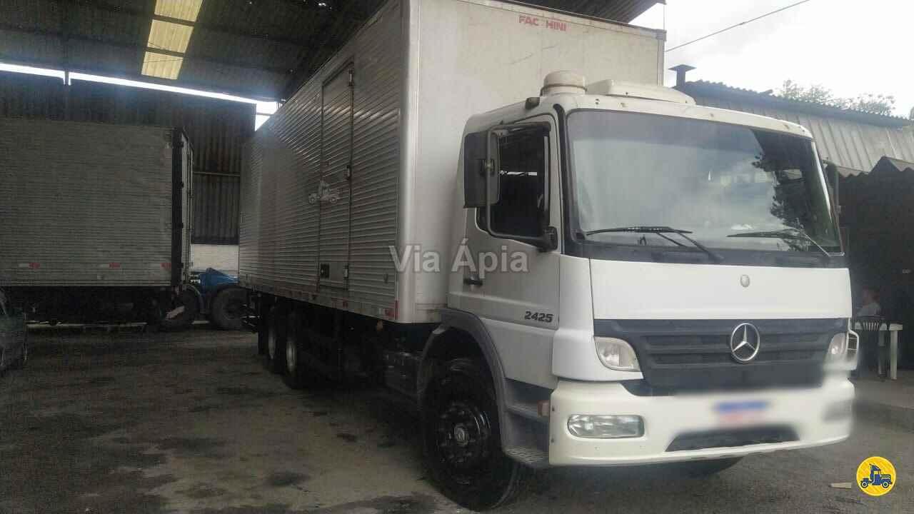 CAMINHAO MERCEDES-BENZ MB 2425 Baú Furgão Truck 6x2 Via Ápia Caminhões SAO PAULO SÃO PAULO SP