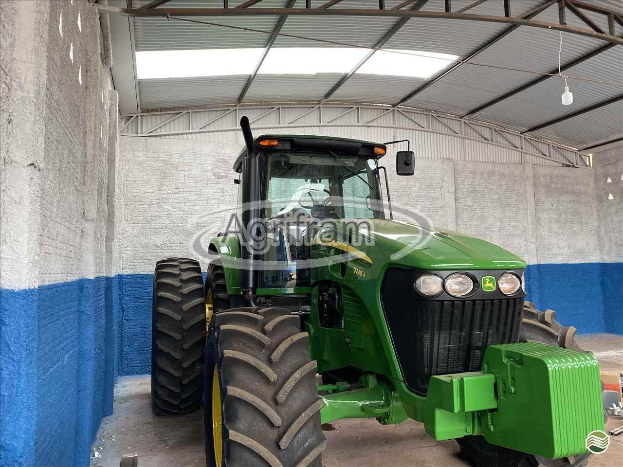 JOHN DEERE JOHN DEERE 7225  2013/2013 Agrifram Máquinas e Soluções Agrícolas