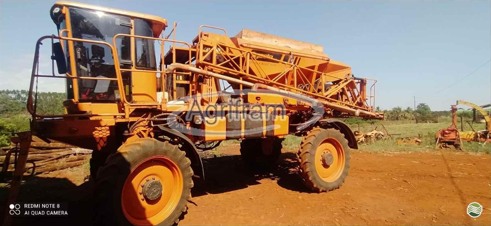 DISTRIBUIDOR AUTOPROPELIDO JACTO UNIPORT 3000 NPK Tração 4x4 Agrifram Máquinas e Soluções Agrícolas LUIS EDUARDO MAGALHAES BAHIA BA