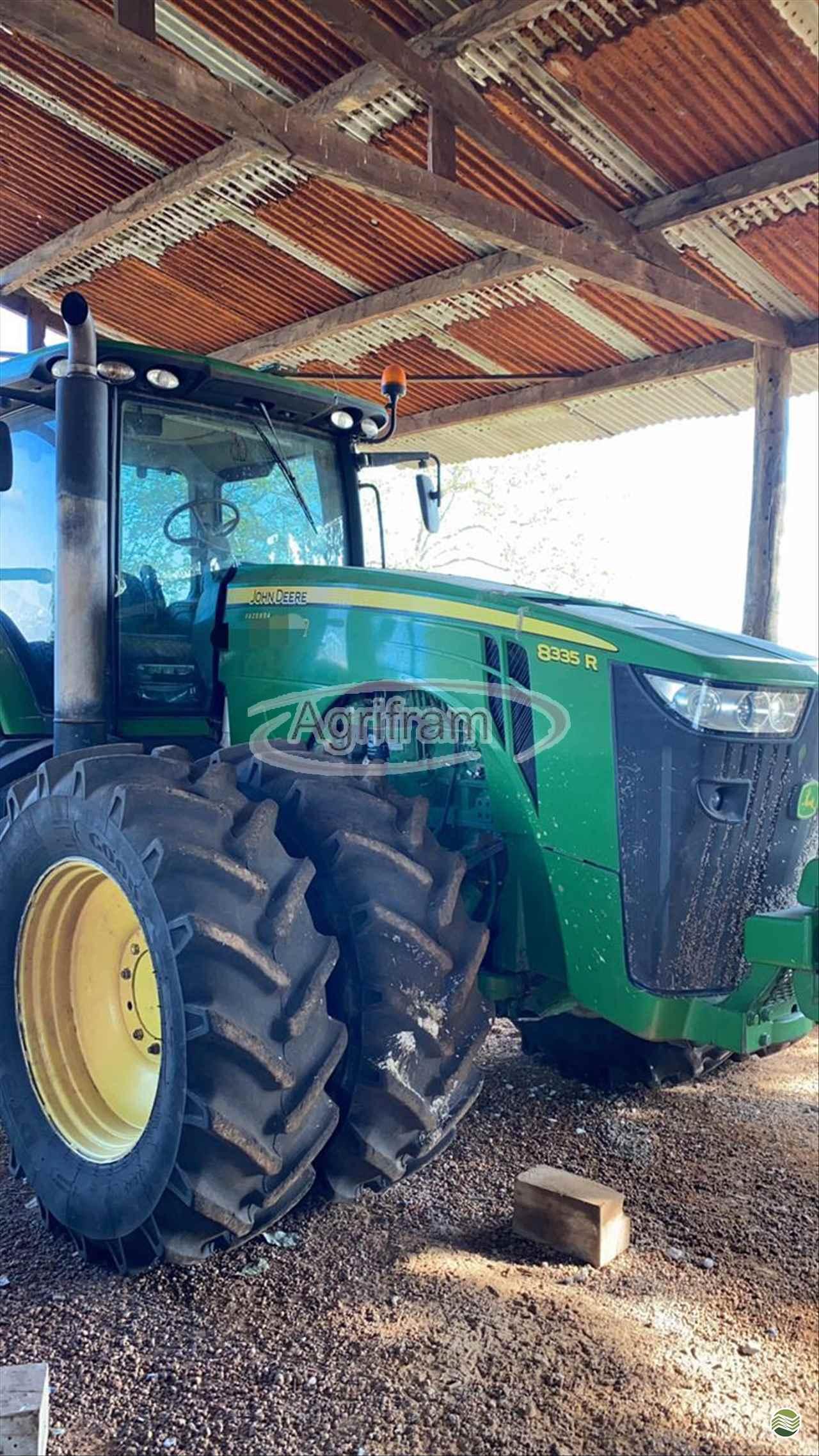 TRATOR JOHN DEERE JOHN DEERE 8335 Tração 4x4 Agrifram Máquinas e Soluções Agrícolas LUIS EDUARDO MAGALHAES BAHIA BA