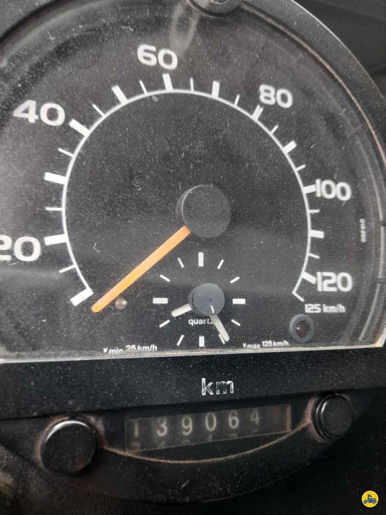 VOLVO VOLVO NL12 360 1360000km 1999/1999 DKM Caminhões