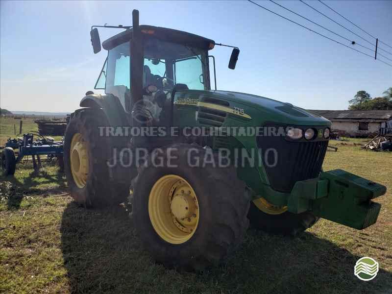 JOHN DEERE JOHN DEERE 7715  2010/2010 Jorge Gabinio Tratores