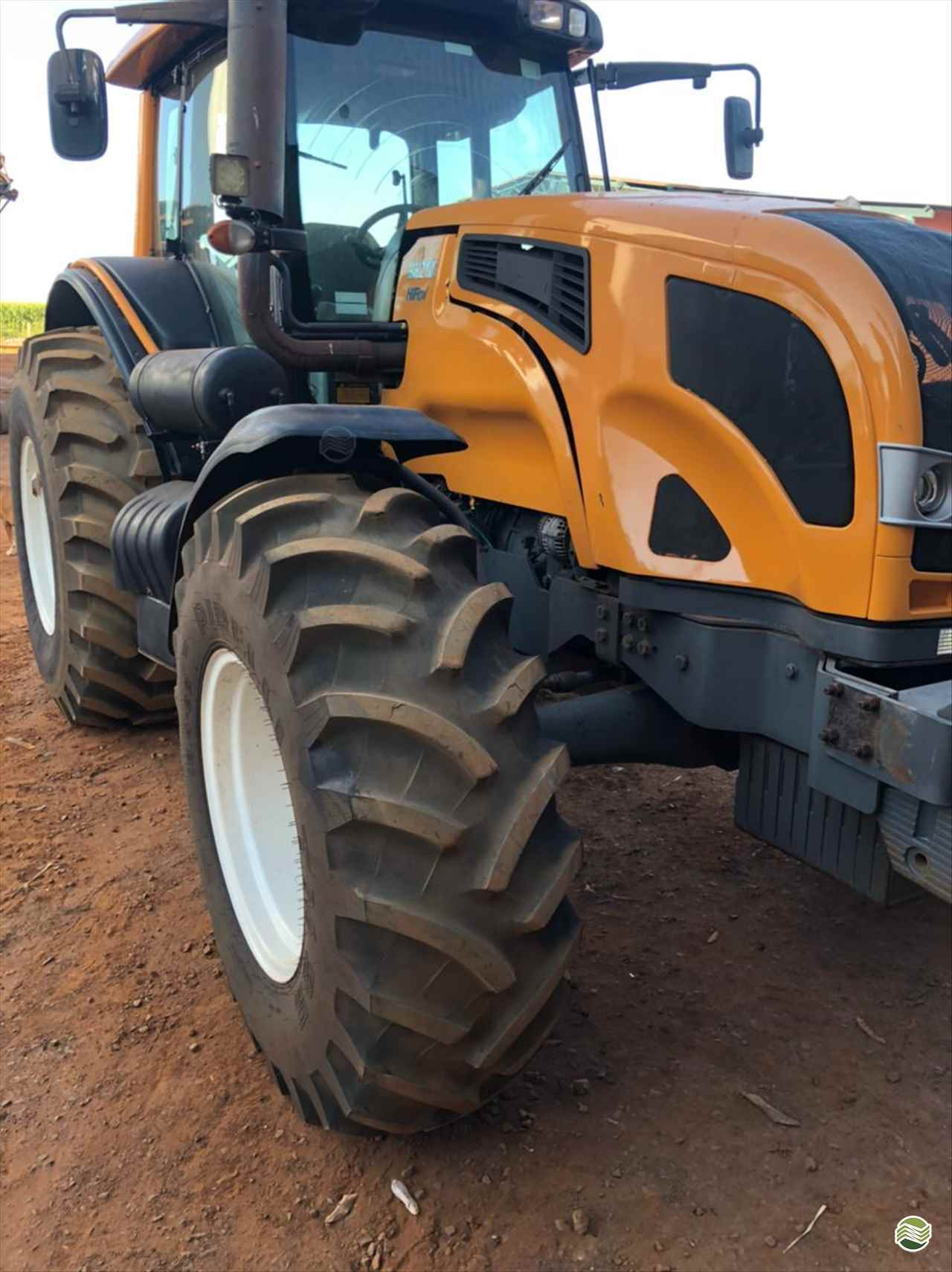 TRATOR VALTRA VALTRA BH 210 Tração 4x4 Gama Máquinas Agrícolas RIO VERDE GOIAS GO