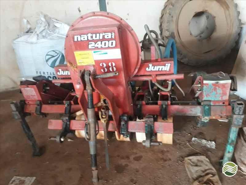 JUMIL JM 2400 NATURA  2002/2002 Tratorterra Locação