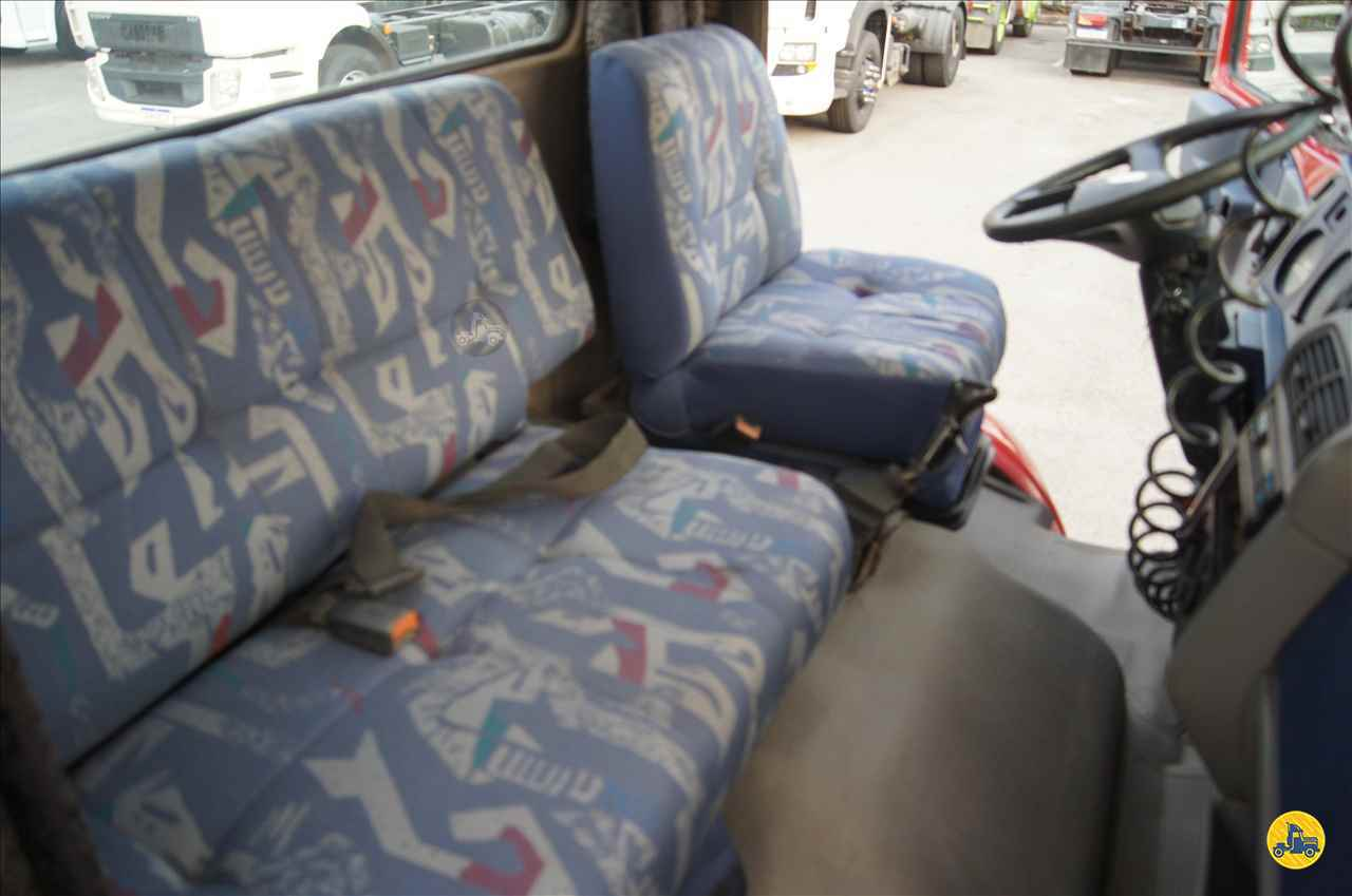 VOLKSWAGEN VW 18310 674500km 2003/2004 DDA Caminhões e Carretas
