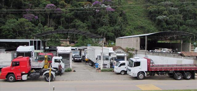 Foto da Loja da CHIC Caminhões