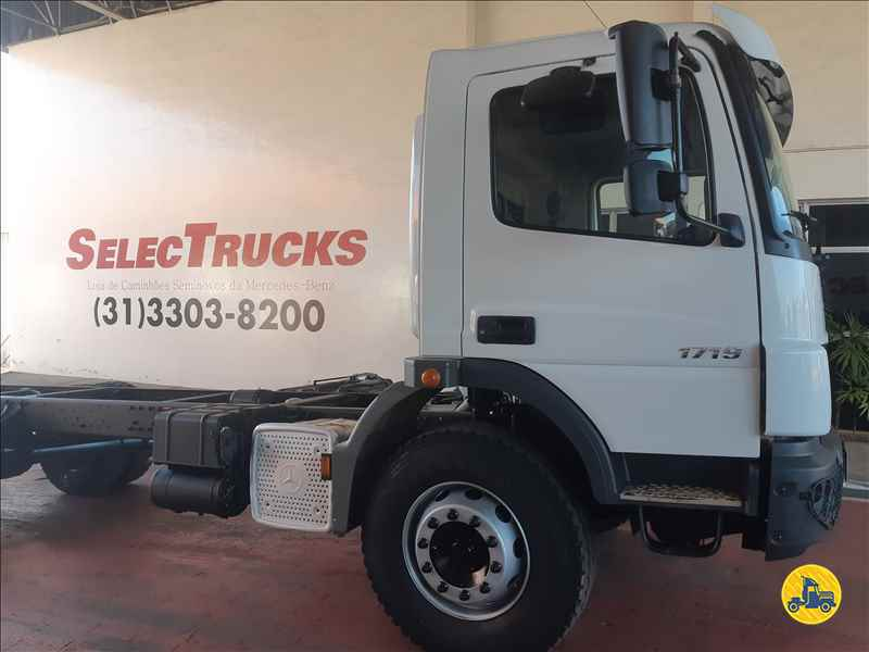 MERCEDES-BENZ MB 1719 200000km 2016/2016 SelecTrucks - Betim MG