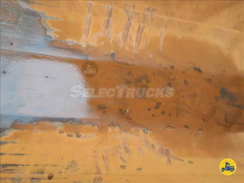 MERCEDES-BENZ MB 4144 150000km 2015/2016 SelecTrucks - Betim MG