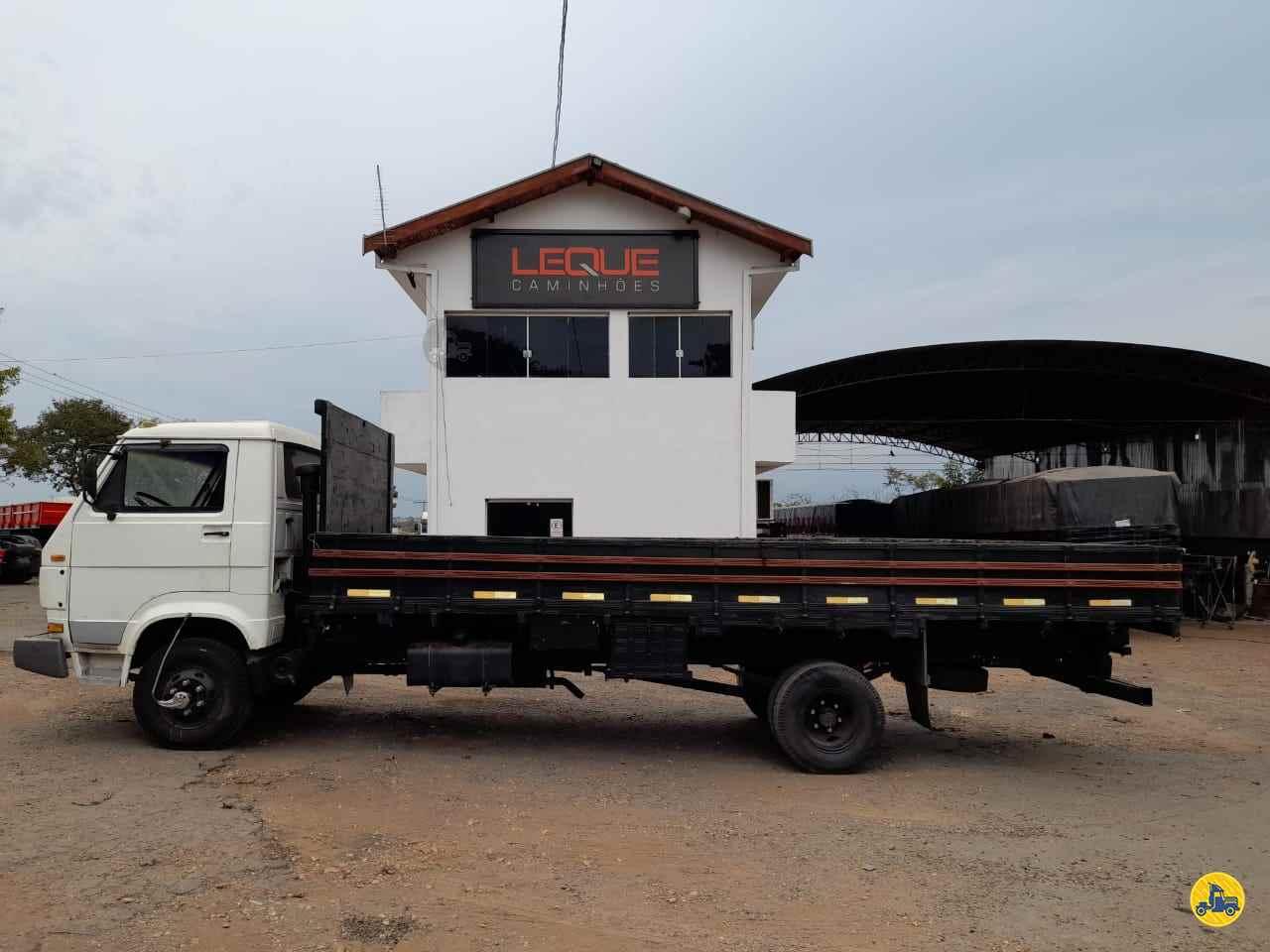 CAMINHAO VOLKSWAGEN VW 690 Carga Seca Toco 4x2 Leque Caminhões  PIRACICABA SÃO PAULO SP