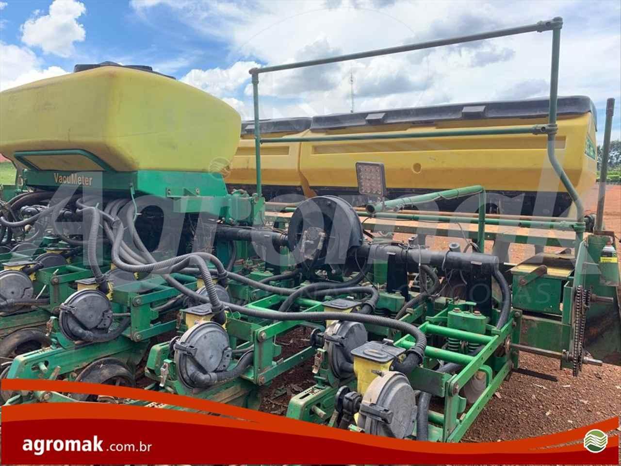 PLANTADEIRAS 2126 de Agromak Máquinas Agrícolas - CAMPO VERDE/MT