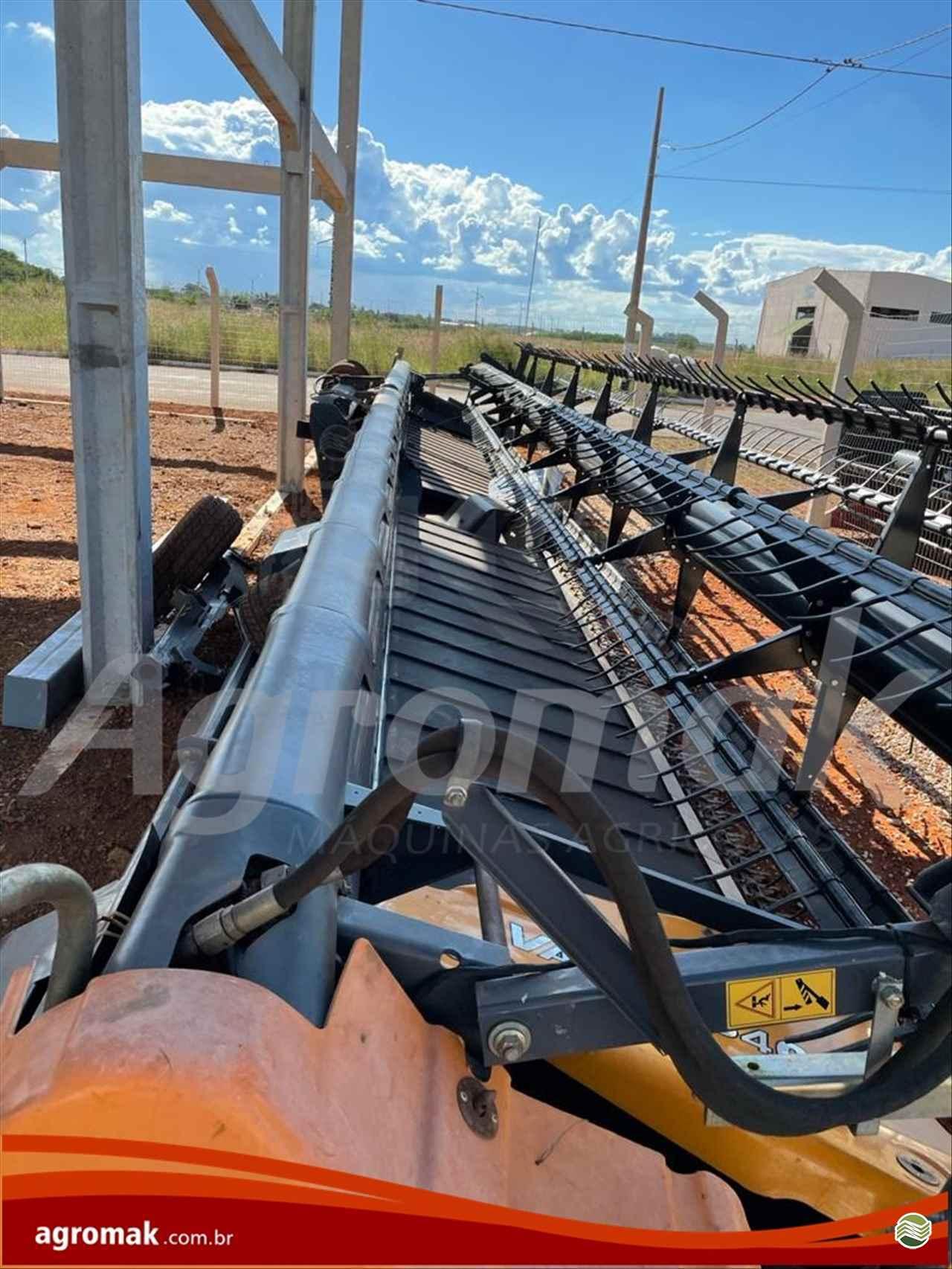 VALTRA VALTRA BC 8800  2019/2019 Agromak Máquinas Agrícolas