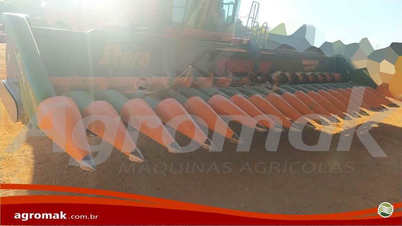 PLATAFORMA COLHEITADEIRA STARA BRAVA 9030 Agromak Máquinas Agrícolas CAMPO VERDE MATO GROSSO MT