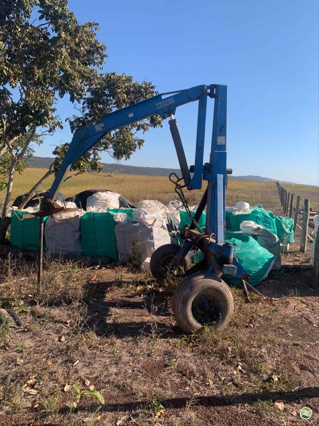 IMPLEMENTOS AGRICOLAS GUINCHO BIG BAG GUINCHO 2000 Kg Agromak Máquinas Agrícolas CAMPO VERDE MATO GROSSO MT