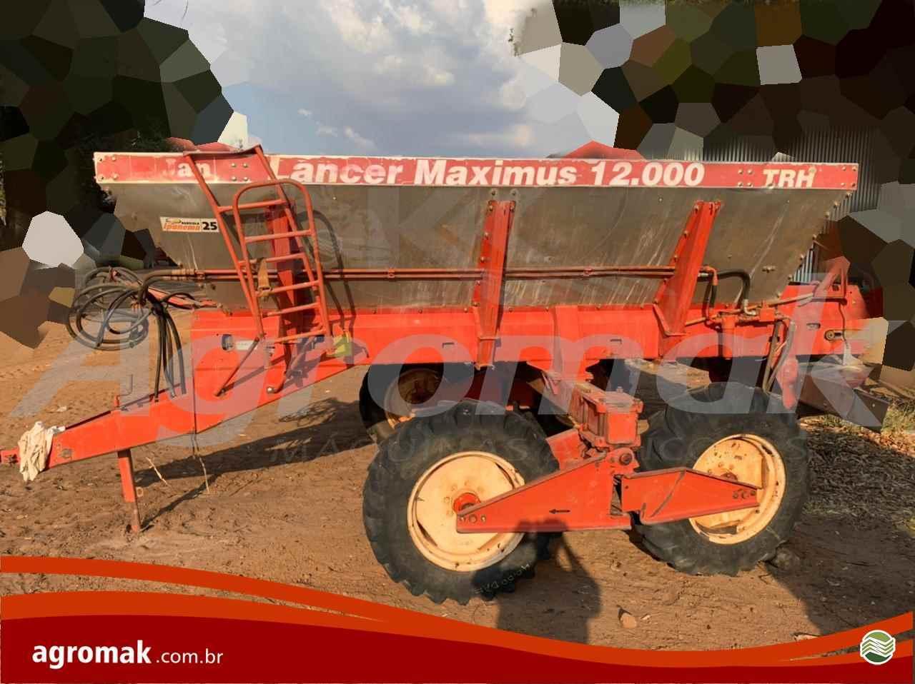IMPLEMENTOS AGRICOLAS DISTRIBUIDOR DISTRIBUIDOR 12000 Agromak Máquinas Agrícolas CAMPO VERDE MATO GROSSO MT