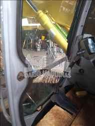 NEW HOLLAND E215B  2006/2006 Dario Máquinas