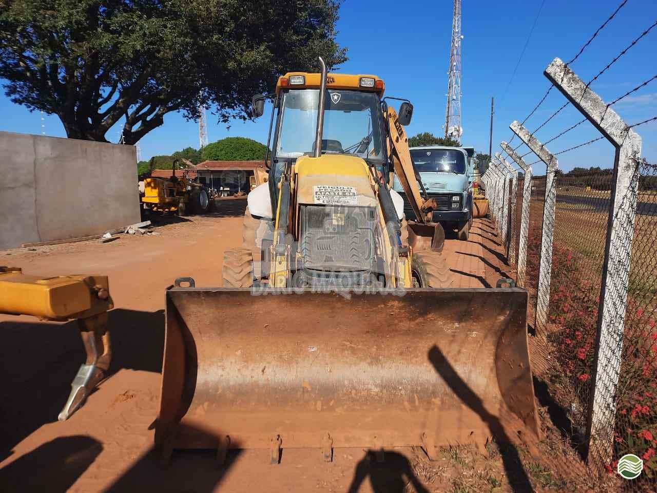 RETRO ESCAVADEIRA JCB 3C Tração 4x2 Dario Máquinas RIBEIRAO PRETO SÃO PAULO SP
