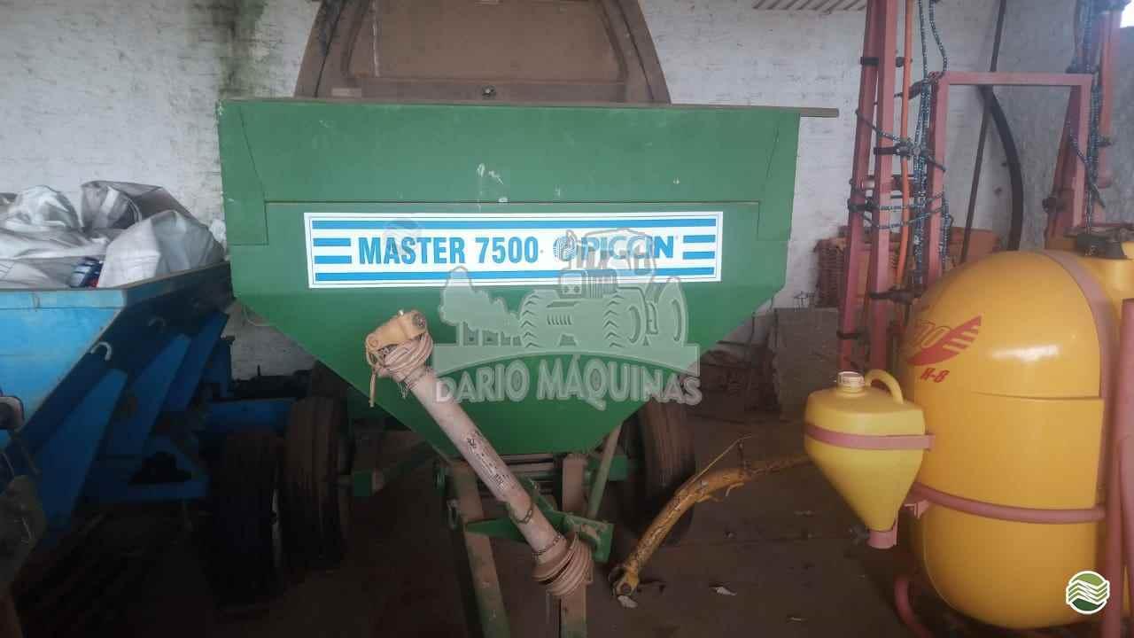 IMPLEMENTOS AGRICOLAS DISTRIBUIDOR CALCÁRIO 7500 Kg Dario Máquinas RIBEIRAO PRETO SÃO PAULO SP