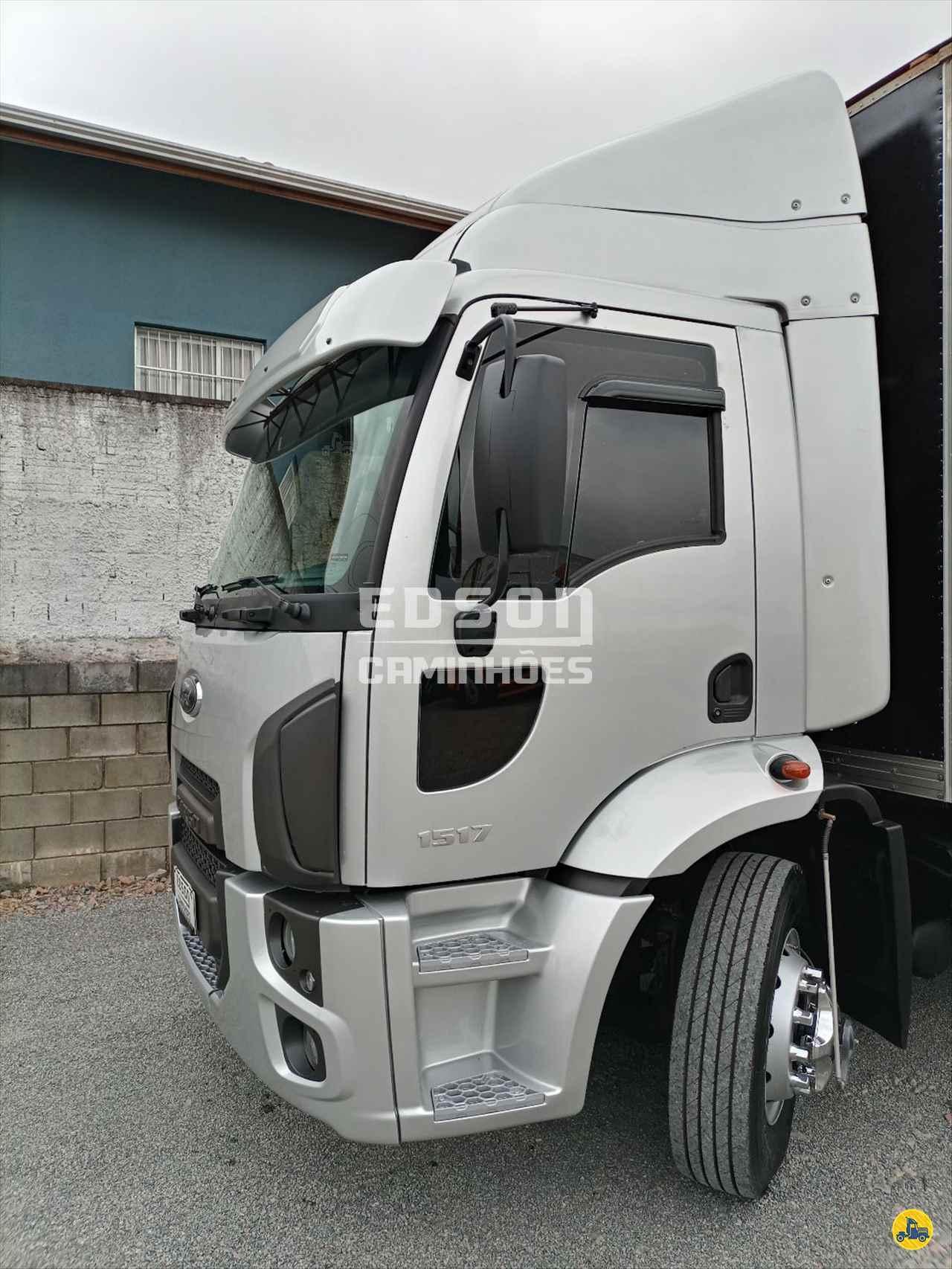 CAMINHAO FORD CARGO 1517 Baú Furgão Truck 6x2 Edson Caminhões CURITIBA PARANÁ PR