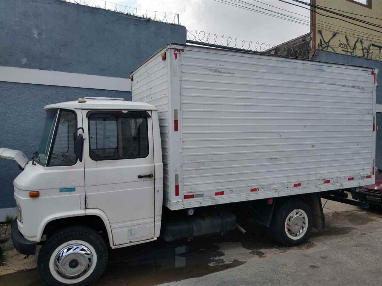 CAMINHAO MERCEDES-BENZ MB 608 Baú Furgão 3/4 4x2 Kalena Multimarcas MOGI DAS CRUZES SÃO PAULO SP