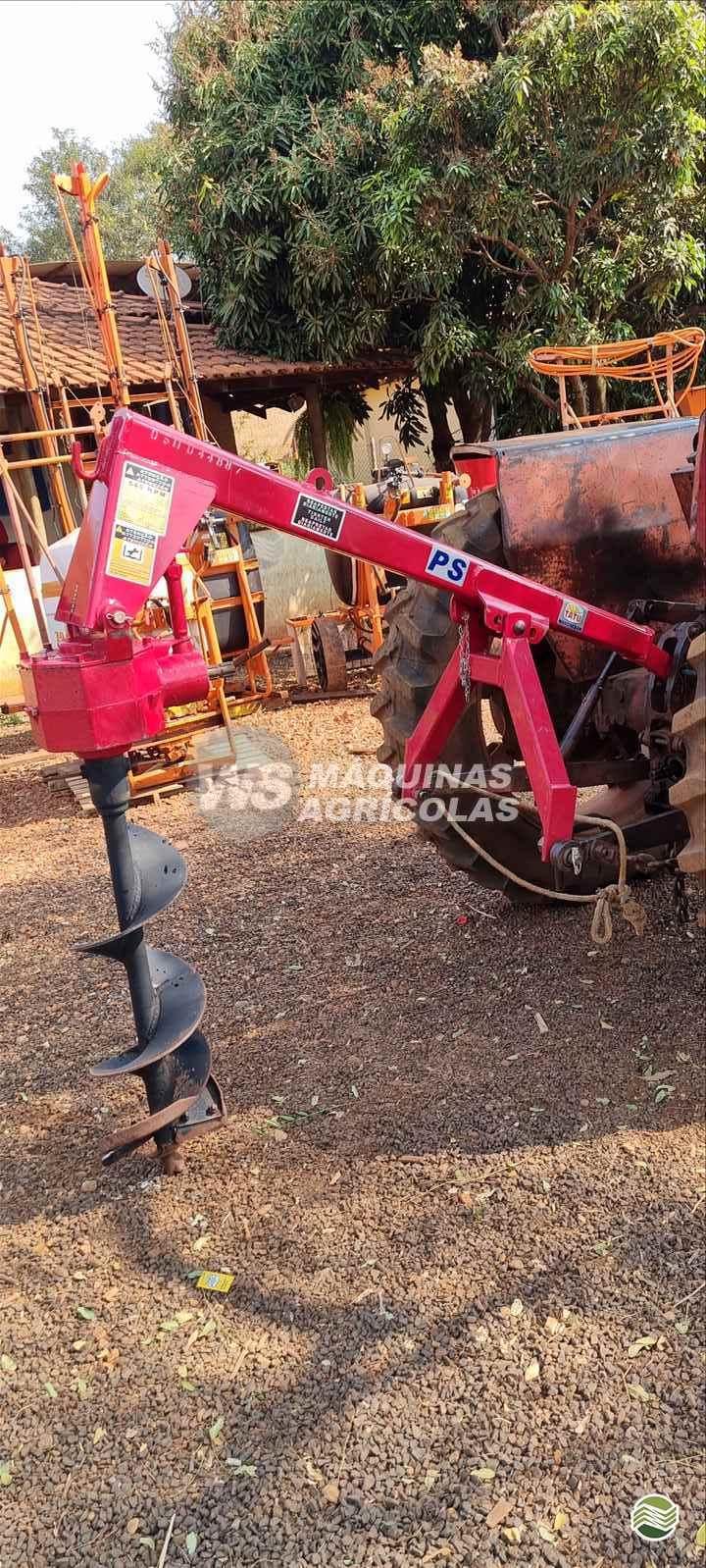 PERFURADOR DE SOLO de WS Máquinas Agrícolas - SERTAOZINHO/SP