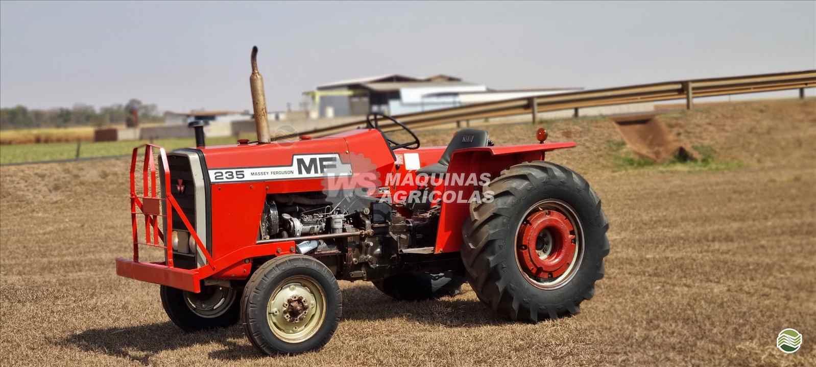 TRATOR MASSEY FERGUSON MF 235 Tração 4x2 WS Máquinas Agrícolas SERTAOZINHO SÃO PAULO SP