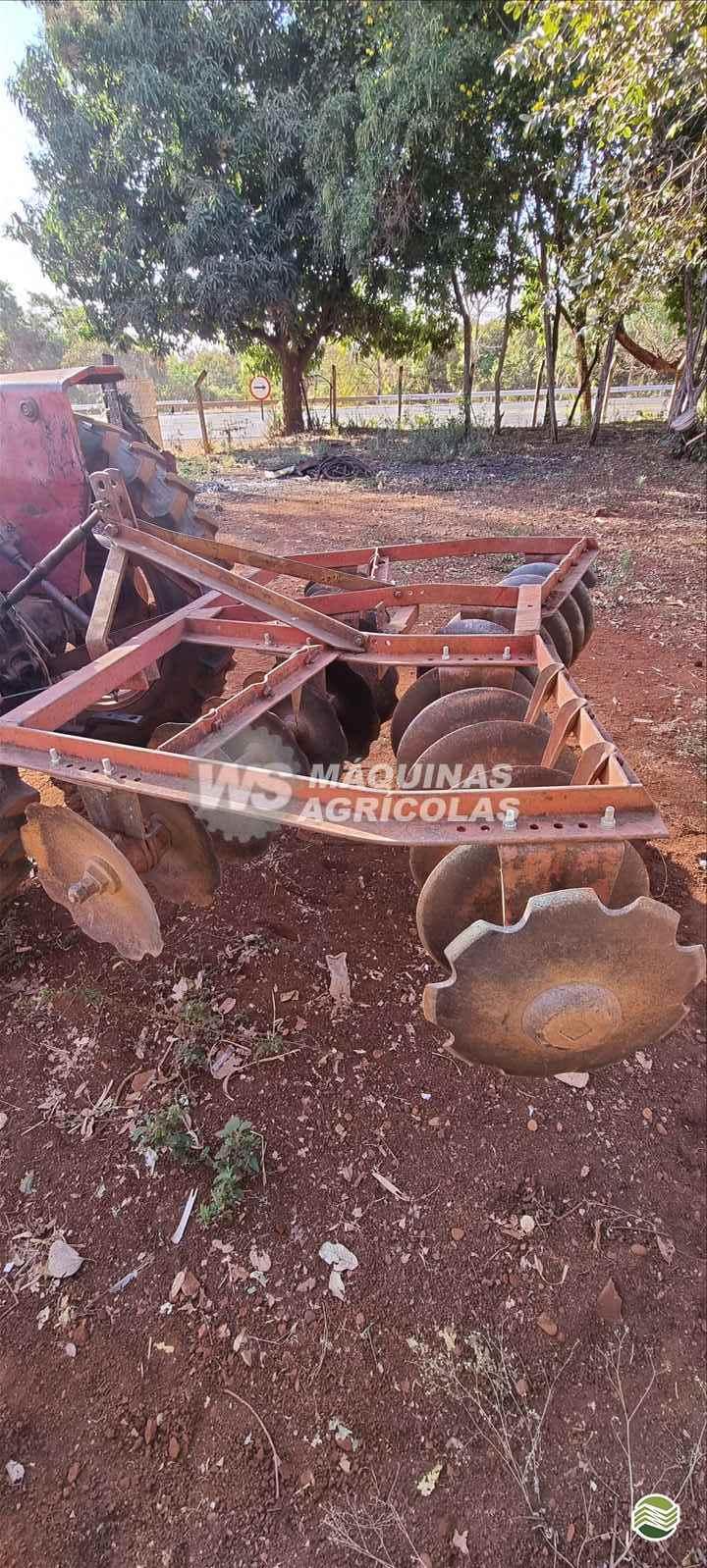 IMPLEMENTOS AGRICOLAS GRADE NIVELADORA NIVELADORA 24 DISCOS WS Máquinas Agrícolas SERTAOZINHO SÃO PAULO SP
