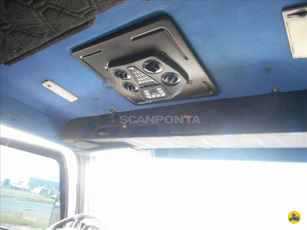 VOLVO VOLVO NH12 380 1km 2002/2002 Scanponta Caminhões Peças e Serviços