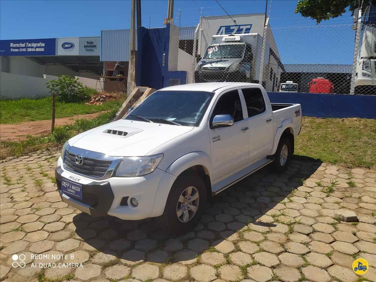 TOYOTA Hilux 3.0 SR CD 97000km 2014/2014 Massa Caminhões