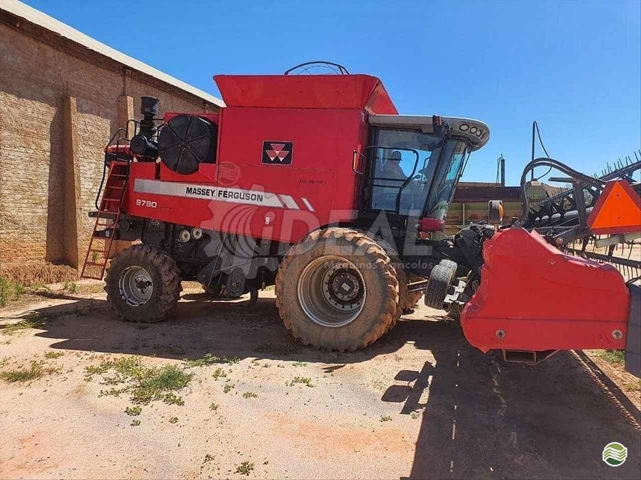 COLHEITADEIRA MASSEY FERGUSON MF 9790 Ideal Máquinas Agrícolas SAO GONCALO DO SAPUCAI MINAS GERAIS MG