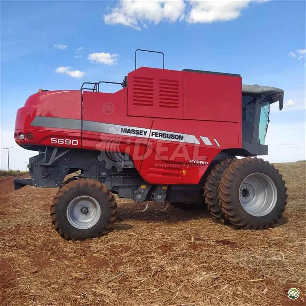COLHEITADEIRA MASSEY FERGUSON MF 5690 Ideal Máquinas Agrícolas SAO GONCALO DO SAPUCAI MINAS GERAIS MG