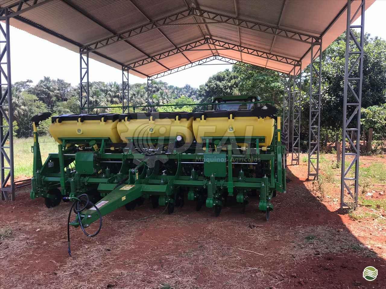 PLANTADEIRA JOHN DEERE PLANTADEIRAS 1111 Ideal Máquinas Agrícolas SAO GONCALO DO SAPUCAI MINAS GERAIS MG