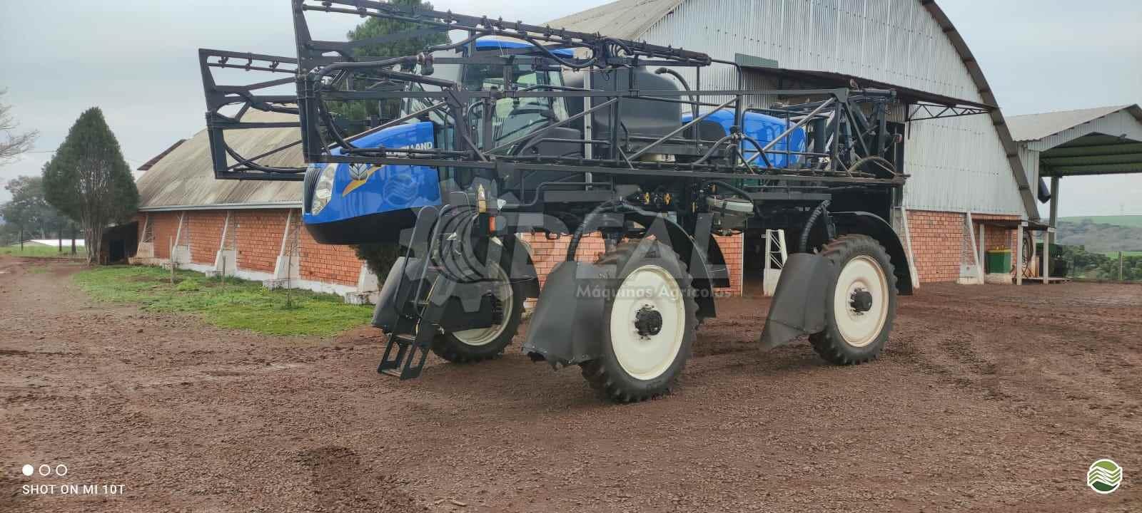 PULVERIZADOR NEW HOLLAND SP2500 Tração 4x4 Ideal Máquinas Agrícolas SAO GONCALO DO SAPUCAI MINAS GERAIS MG