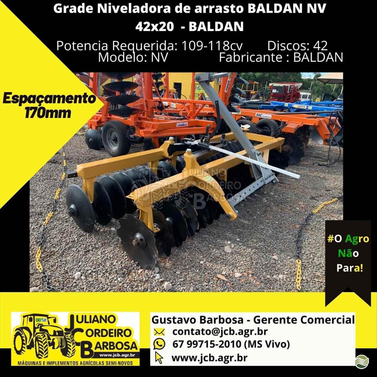 IMPLEMENTOS AGRICOLAS GRADE NIVELADORA NIVELADORA 42 DISCOS JCB Máquinas e Implementos Agrícolas MARACAJU MATO GROSSO DO SUL MS