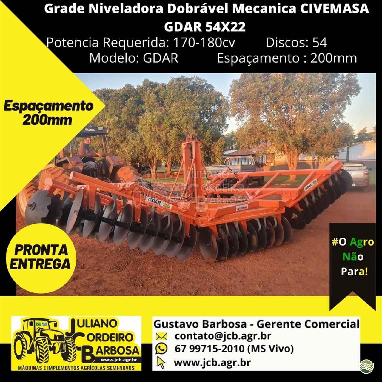 IMPLEMENTOS AGRICOLAS GRADE NIVELADORA NIVELADORA 52 DISCOS JCB Máquinas e Implementos Agrícolas MARACAJU MATO GROSSO DO SUL MS