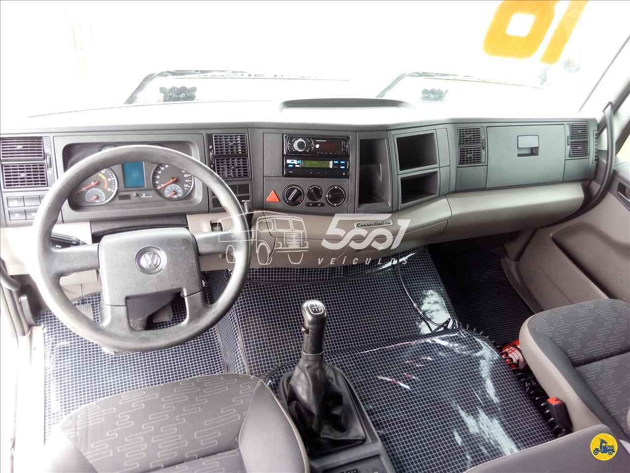 VOLKSWAGEN VW 19330 438727km 2017/2018 5001 Veículos - Curitiba