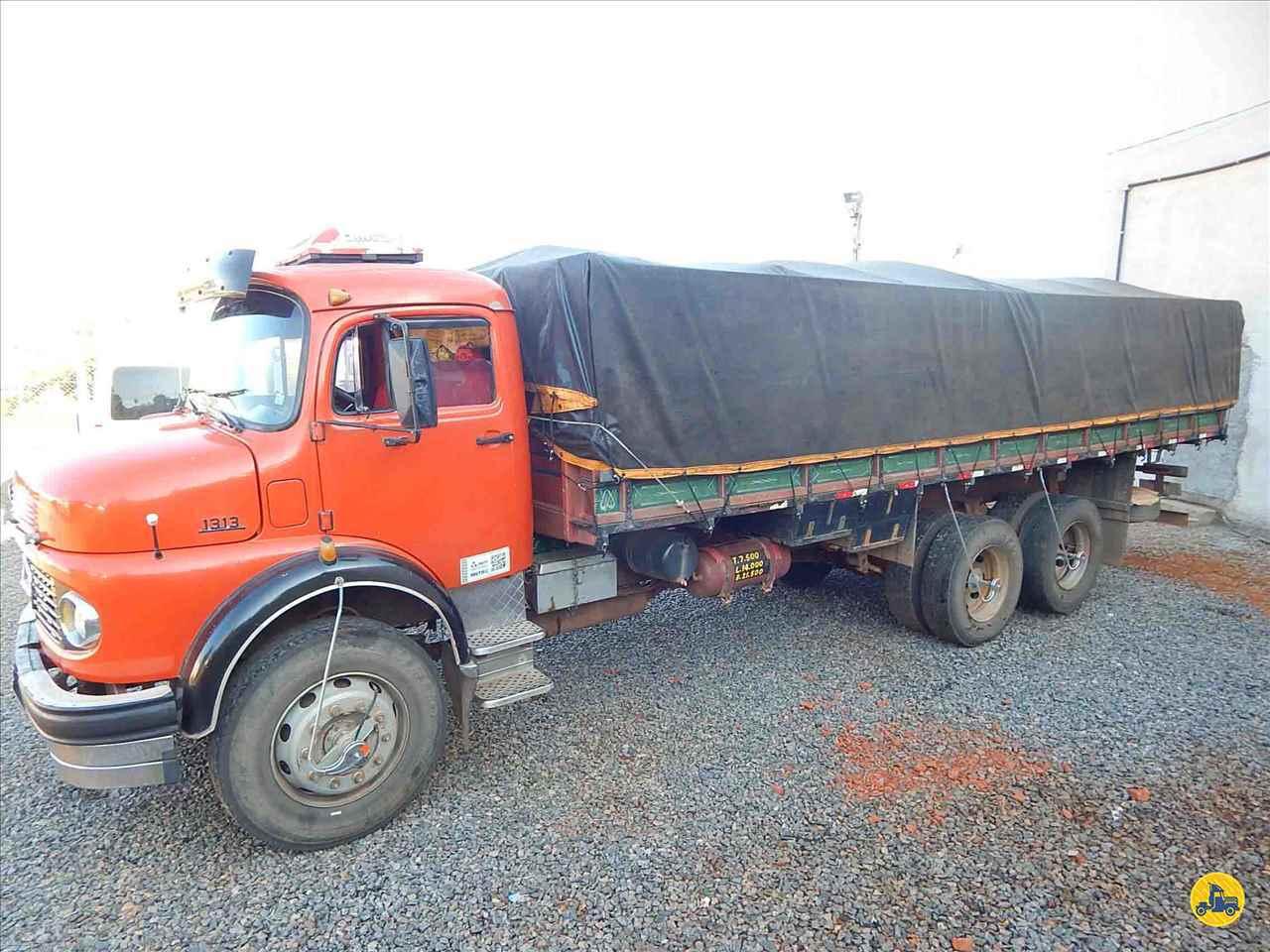 CAMINHAO MERCEDES-BENZ MB 1313 Baú Furgão Truck 6x2 Guirro Automóveis Multimarcas SAO JOSE DO RIO PARDO SÃO PAULO SP