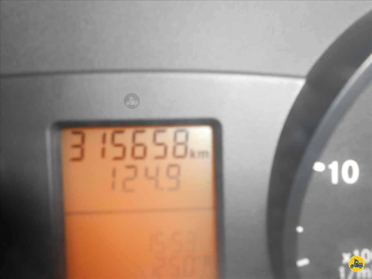 MERCEDES-BENZ Sprinter Furgão 415 315000km 2012/2013 Vieira Caminhões
